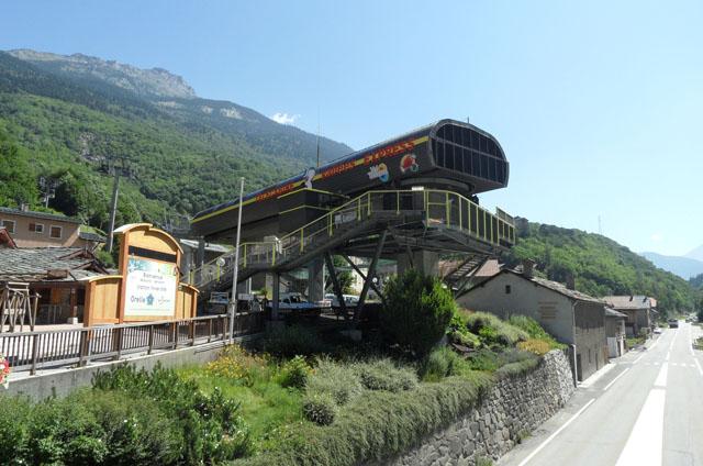 Trois vallées express gondola lift